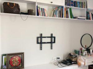 Lắp phần giá treo lên tường